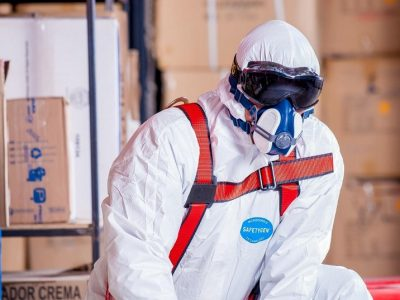 How to choose the right PPE when working with hazardous substances