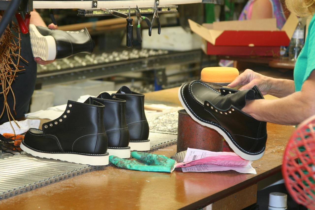 The UK Focuses on Shoe Manufacturing