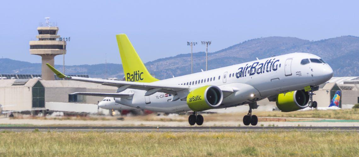 Air_Baltic_Bombardier_CS300_YL-CSA_(34827818353)