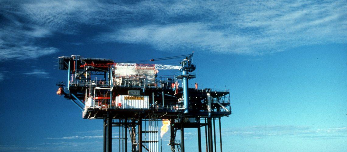 CSIRO_ScienceImage_1905_Oil_and_Gas_Drilling_Platform
