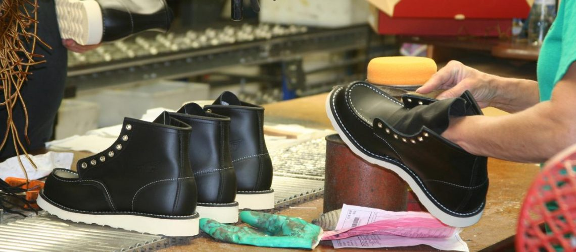 Red_Wing_Shoes_factory